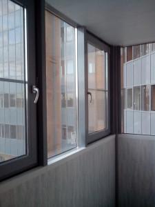 Привокзальная - теплые створки в цвет фасада и стоек видимых изнутри